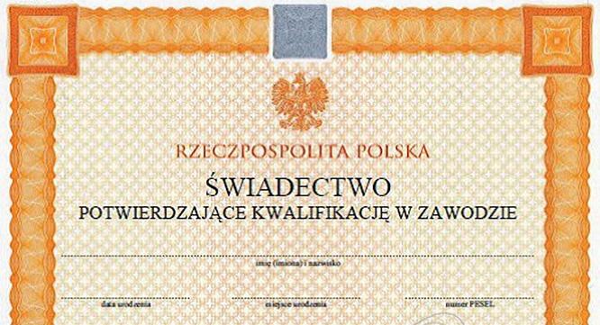 Odbiór dyplomów potwierdzających kwalifikacje zawodowe