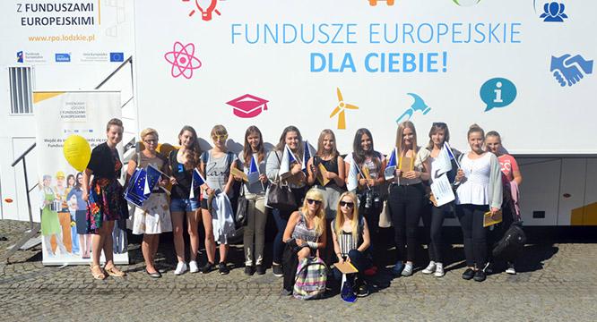 Fundusze Europejskie dla CIEBIE! czyli Mobilny Punkt Informacji wWieruszowie
