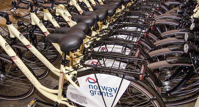 Trzydzieści nowych szkolnych rowerów!