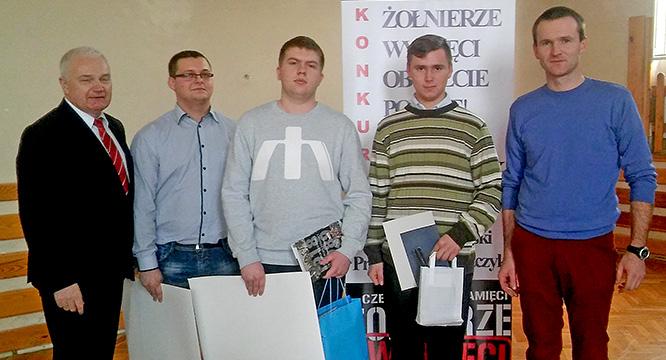 """Uczniowie zeStaszica zwycięzcami regionalnego konkursu historycznego  """"Żołnierze Wyklęci – obudźcie Polskę"""""""