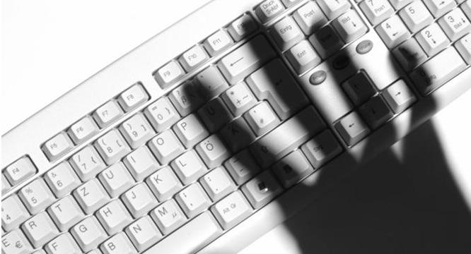 Ocyberprzemocy iuzależnieniu odkomputera – rozmowa terapeuty zrodzicami naszych uczniów