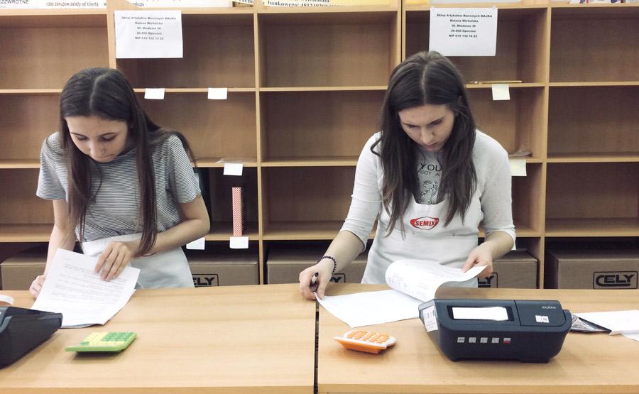 Próbny egzamin zawodowy AU.20 Prowadzenie sprzedaży