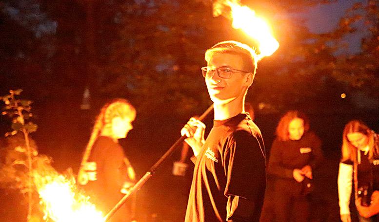 Władcy ognia czyli YoungFire