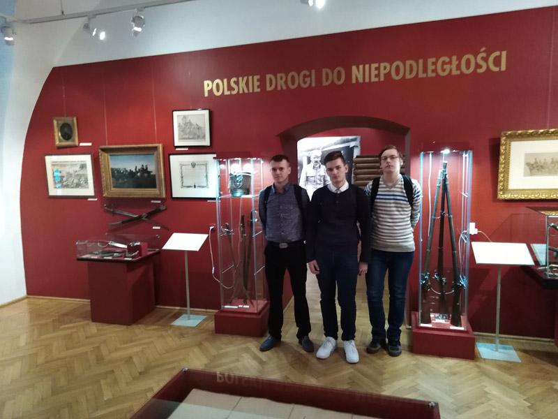 Sukces Tomasza Olszowiaka wmiędzypowiatowym konkursie historycznym