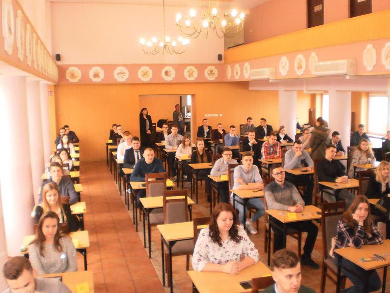 Zmagania uczniów wetapie Okręgowym XXXII edycji Olimpiady Wiedzy iUmiejętności Budowlanych
