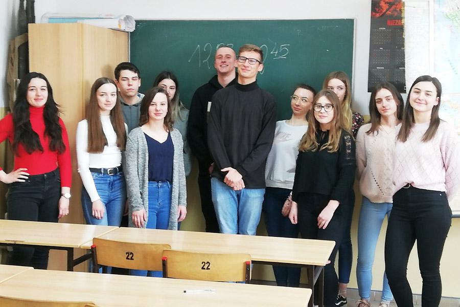 """IV edycja Ogólnopolskiego Konkursu Wiedzy oPrawie  Wyborczym """"Wybieram wybory"""""""